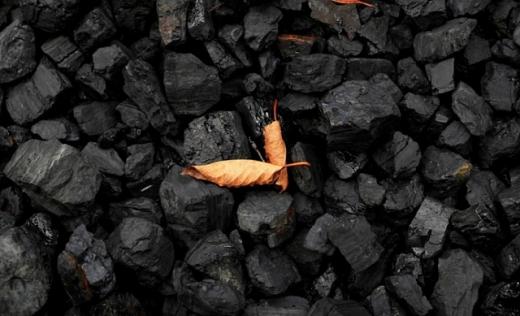 Найбільші у світі страхові компанії і пенсійні фонди закликають відмовитись від вугілля