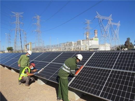 У Іспанії встановили 3,5-мегаватну сонячну станцію на території газової
