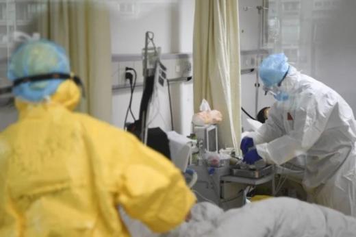 У 10 областях України закінчуються місця для хворих на COVID-19