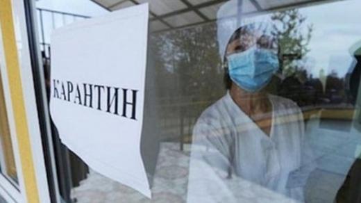 Степанов натякає, що українцям треба потерпіти до квітня з карантином