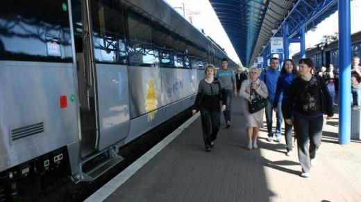 Укрзалізниця хоче запустити новий Інтерсіті+ з Києва до Мукачева за 40 мільйонів гривень