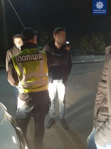 Закарпатські патрульні знову виявляли водіїв з ознаками сп'яніння