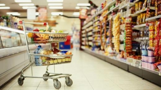 У МОЗ роз'яснили, кому можна продавати непродовольчі товари в супермаркетах