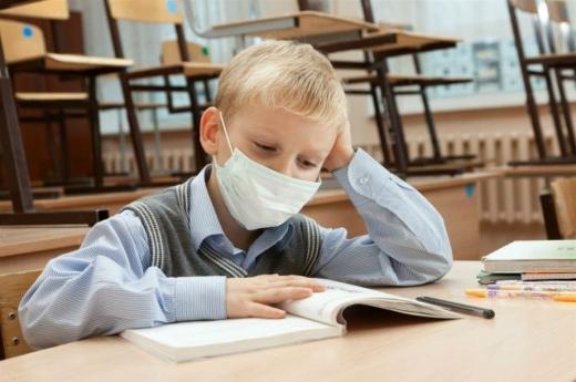 Чому школи та садки не закривають під час карантину: пояснюють в комітеті ВР з питань здоров'я