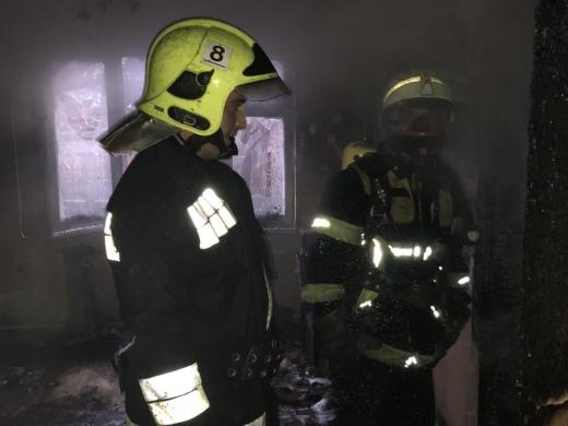 На Тячівщині необережність під час паління призвела до пожежі