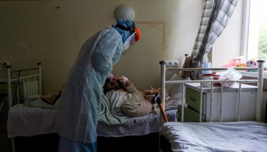 Майже 28 тисяч пацієнтів хворих на  COVID-19 перебувають у лікарнях України - МОЗ