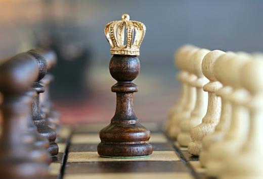 У мукачівському шаховому турнірі почали змагатися підлітки з різних куточків України