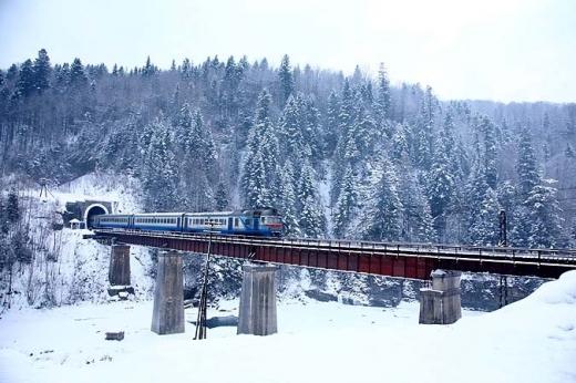 Потяг до Карпат: «Укрзалізниця» запускає поїзд за маршрутом Київ – Рахів