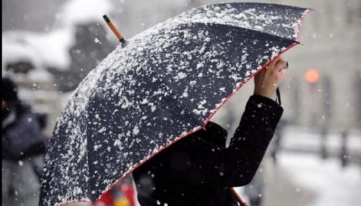 Українців попереджають про ожеледицю та мокрий сніг