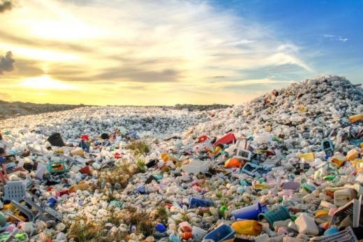 Норвегія заборонить одноразовий пластик з 2021 року