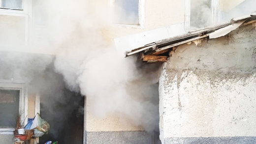 Хустські вогнеборці ліквідували пожежу в підвалі приватного житлового будинку