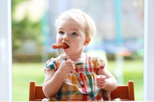 Небезпечна їжа: на сайті ВР з'явилася петиція про внесення змін до харчування дітей у садках
