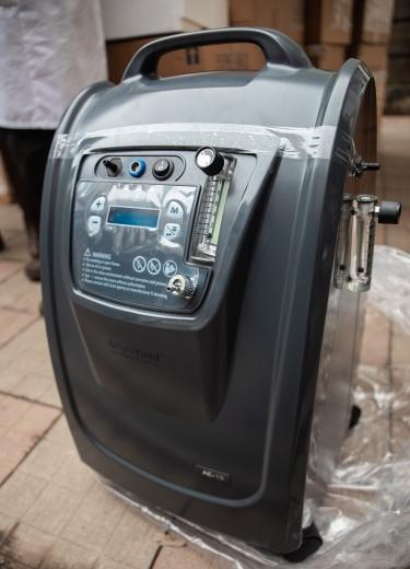 В Ужгородську лікарню закупили обладнання для боротьби з COVID-19 (ФОТО)