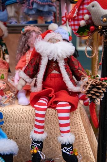 Різдвяний ярмарок на площі Шандора Петефі в Ужгороді: що можна придбати
