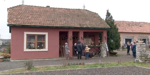 """В замку """"Сент-Міклош"""" діє резиденція святого Миколая"""