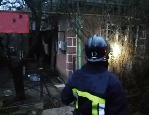 В Мукачеві на пожежі врятували людину: всі подробиці