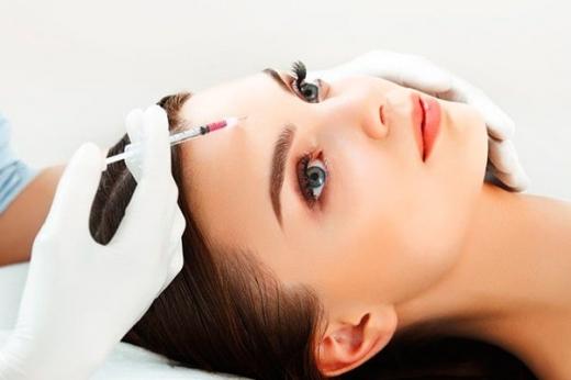 Переваги плазмотерапії шкіри голови