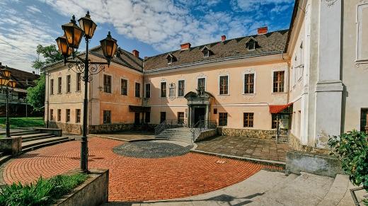 У Мукачеві палац князів Ракоці перетворять на туристичну атракцію