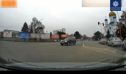 Ужгородські патрульні затримали водія-порушника правил дорожнього руху