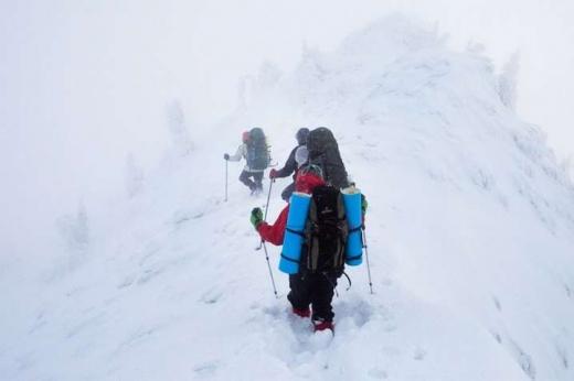 На Закарпатті рятувальники застерігають від походів в гори найближчими днями