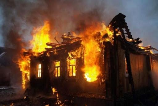 На вихідних на Закарпатті у пожежі загинуло двоє людей