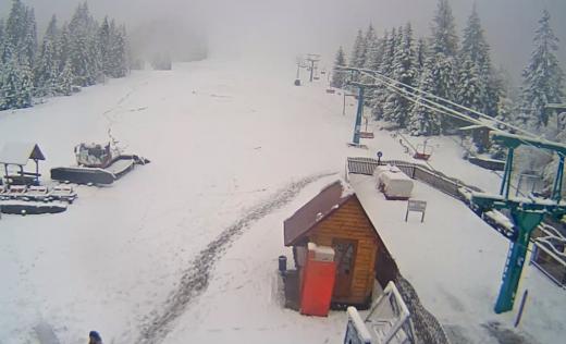 На гірськолижних курортах Міжгірщини та Рахівщини випав сніг