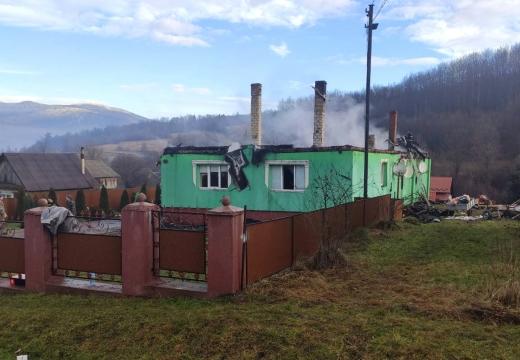 На Закарпатті впродовж доби горіли житлові будинки