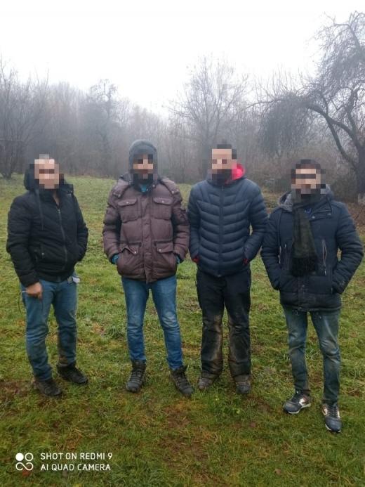 На кордоні з Румунією затримали нелегалів