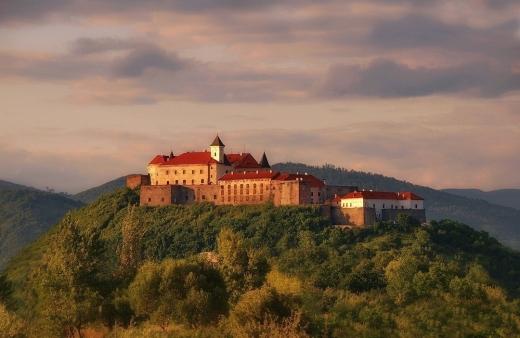 Замок Паланок за час свят відвідали більше 3 тисяч туристів