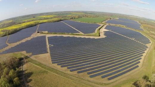 В Іспанії побудували у рекордно короткі терміни сонячні станції загальною потужністю 86 МВт