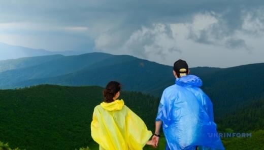 Сума туристичного збору на Закарпатті зменшилася майже на 25%