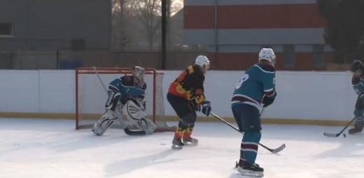 В Ужгороді тривають змагання з хокею
