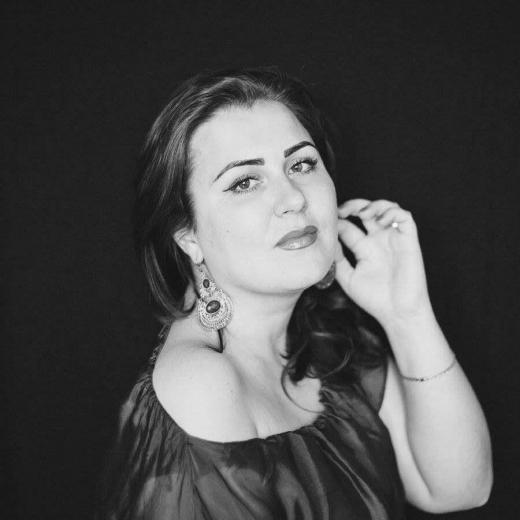 Вітражна магія закарпатської мисткині Олени Олефіренко