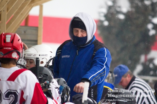 Яскраве свято дитячого хокею відбулося в Ужгороді (ФОТО)