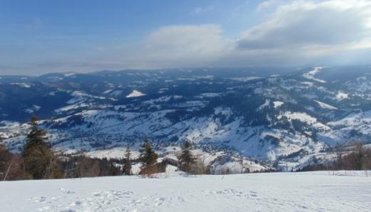 Синоптики попереджають про значну сніголавинну небезпеку на високогiр'ї Закарпаття