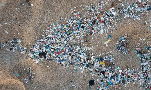 Світовим банкам пропонують видавати кредити на виробництво пластику з вимогою захисту довкілля