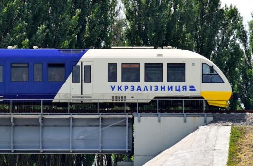 В Укрзалізниці хочуть запустити потяги швидкістю до 350 км/год