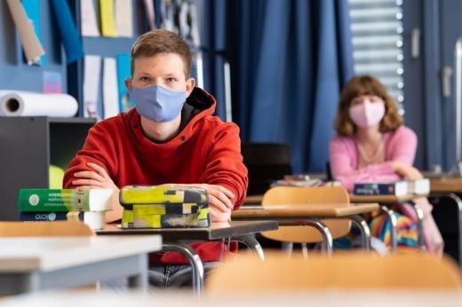 У МОН хочуть відновити змішану форму навчання для 9-11 класів