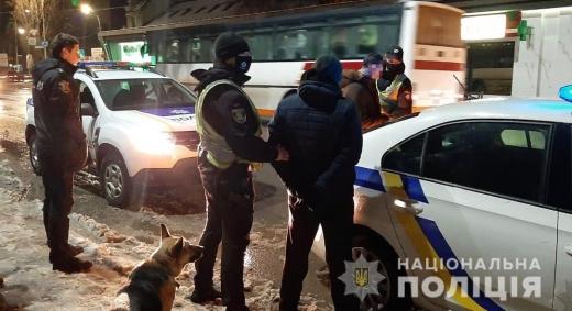 На Ужгородщині шахраї виманили у чоловіка мобільний телефон
