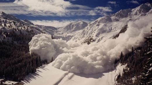Через відлигу у горах Закарпаття зберігається лавинна небезпека
