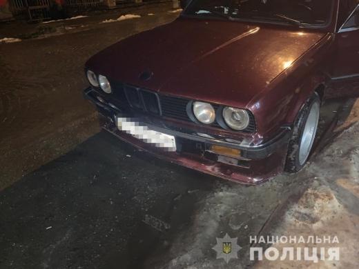У Виноградові затримали чоловіка, який обікрав автомобіль