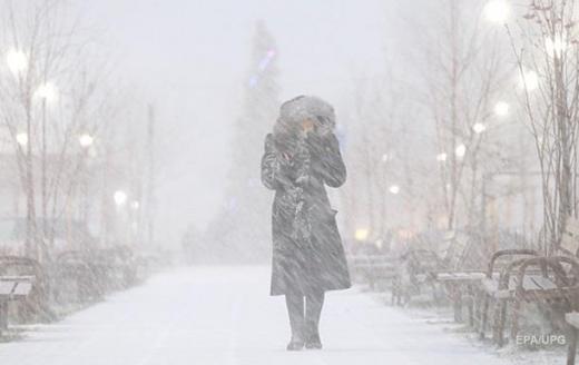 Циклон несе Україні снігопади і похолодання