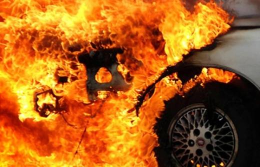 Впродовж доби на Закарпатті двічі горіли автомобілі