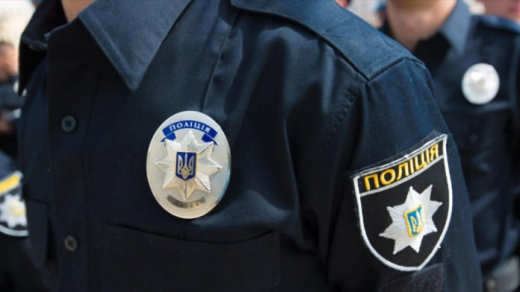 Поліцейські Закарпаття оперативно затримали зловмисників, що умисно підпалили магазин у Воловці