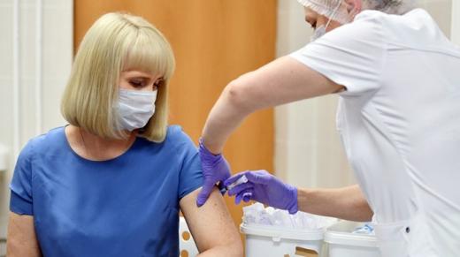Кількість вакцинацій від COVID-19 у світі перевищила кількість заражень