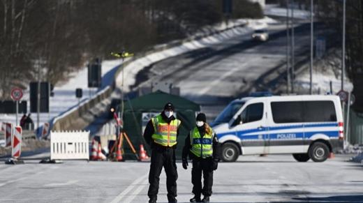 Німеччина закрила кордони з Австрією та Чехією через мутації COVID-19