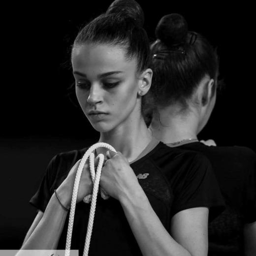 Закарпатці збирають кошти на лікування ужгородської гімнастки Валерії Юзвяк