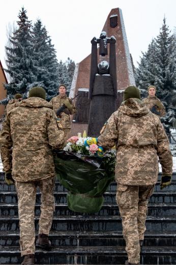 Ужгородці вшанували пам'ять героїв боїв за Дебальцеве