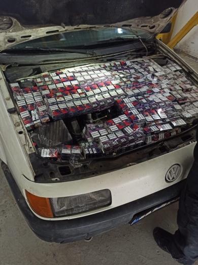 Закарпатські прикордонники виявили в автомобілі 66-річного іноземця контрабандний тютюн