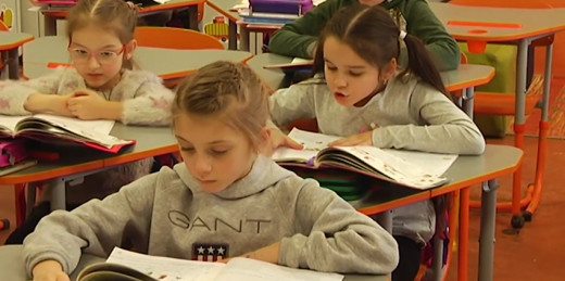 На Закарпатті через поширення COVID-19 понад 30 тисяч дітей на дистанційному навчанні (ВІДЕО)